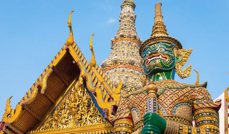 Bangkok Emerald Buddha Temple
