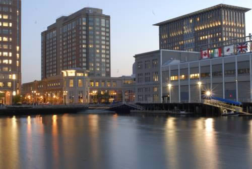 Boston Seaport Hotel