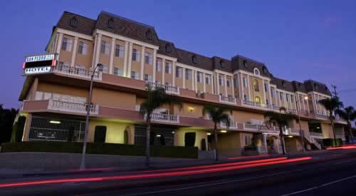 Best Western Plus San Pedro Hotel and Suites