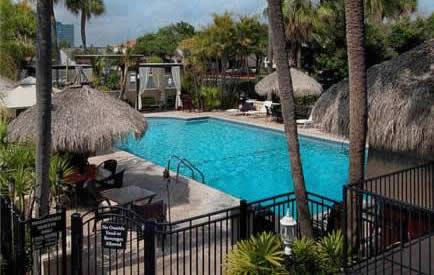 Tampa Tahitian Inn & Spa Hotel