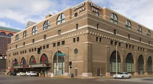 St Louis Drury Inn & Suites Convention Center