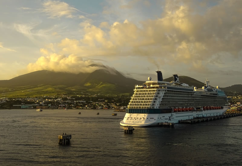 Sailaway from St Kitts