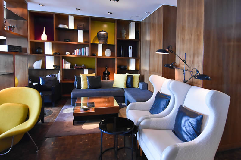 Above & Beyond club lounge