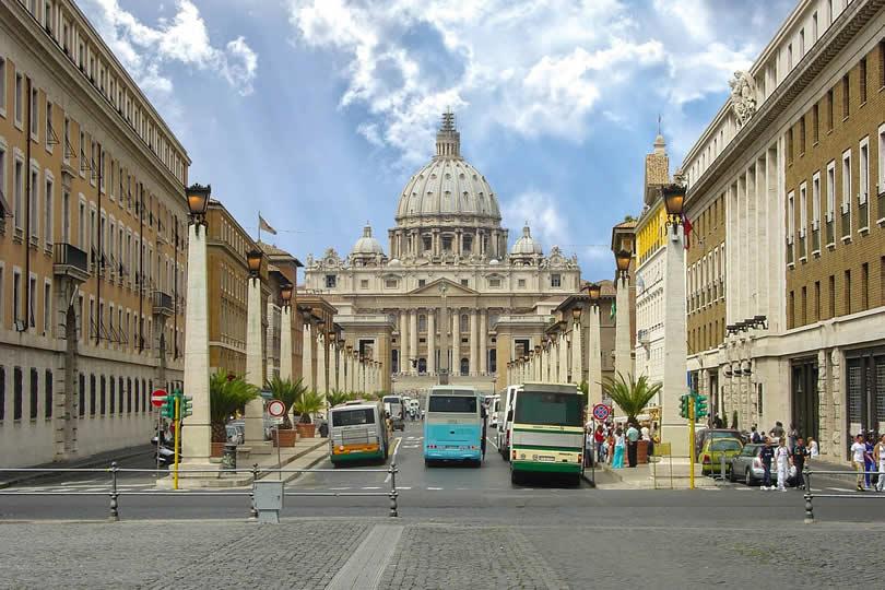 Rome Vatican city buses