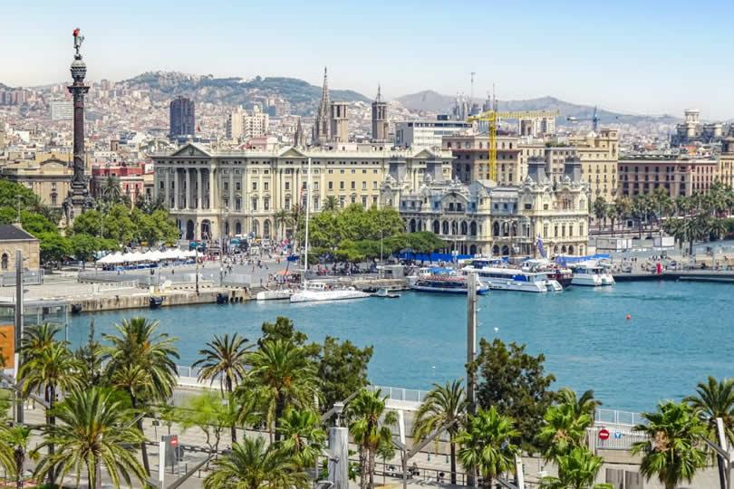 Barcelona Columbus Monument and Port Vell